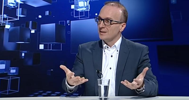 Партизација во МНР: Дали учеството во Шарена револуција е сертификат за работа во министерството?