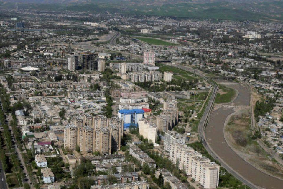 Најмалку 13 убиени при бунт во затвор во Таџикистан