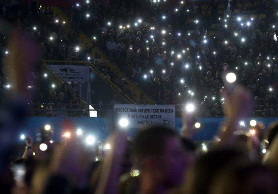 ВИДЕО: Промовиран необјавениот албум на Тоше Проески, слушнете ја насловната песна
