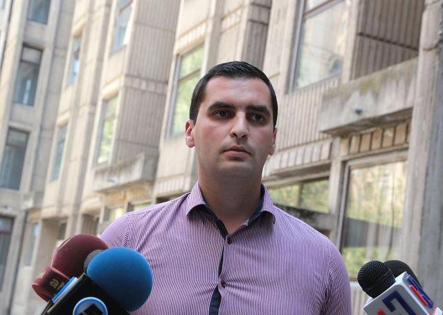Јаулески: Позицијата на младиот човек во Македонија е крајно алармантна