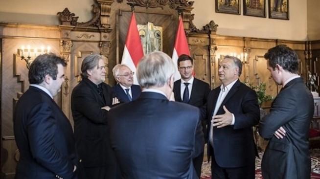 Човекот кој му донесе победа на Трамп ќе работи со Орбан