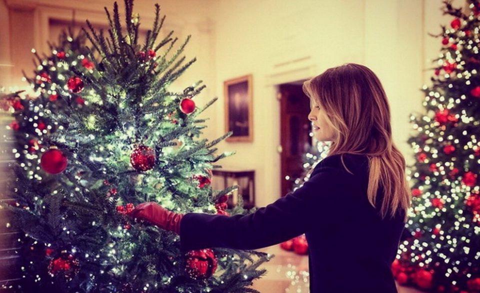 Меланија Трамп ja накити Белата куќа за Божиќ
