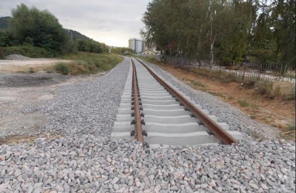 Нова лага на СДСМ, направена пруга до Грција не ја пуштаат две години, а ветуваат нова кон Албанија
