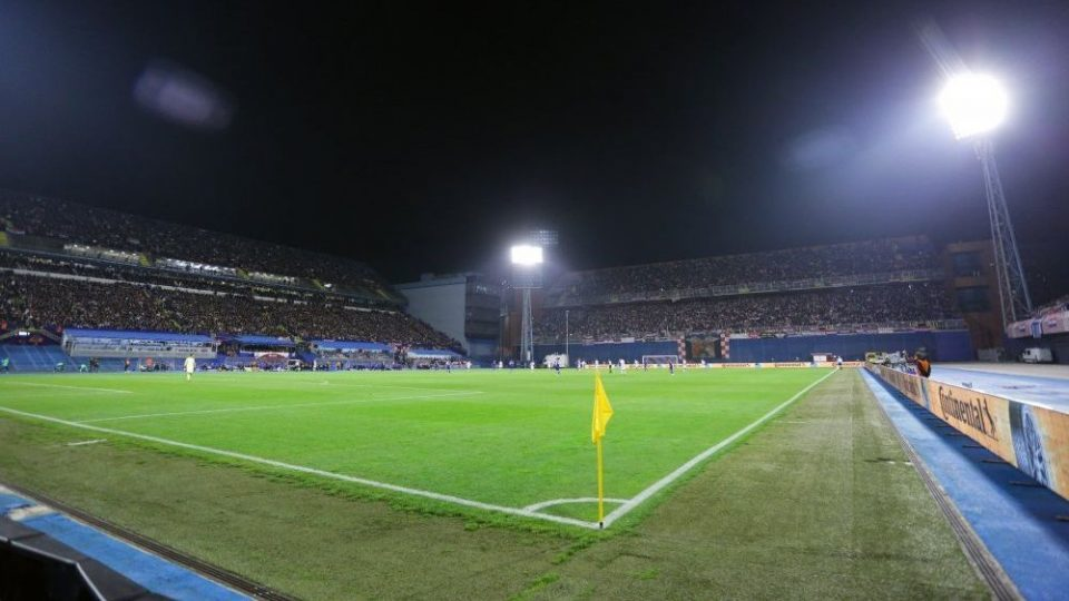 Проблеми за Динамо Загреб вечерва: Теренот не се гледа од густата магла (ФОТО)