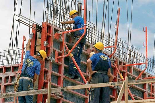 Приведени 97 странски државјани кои работеле непријавени и без регулиран престој на објекти во Скопје