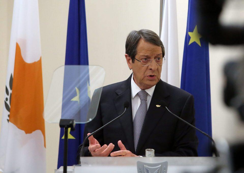 Анастасијадес повторно се заложи за децентрализирана сојузна влада на Кипар