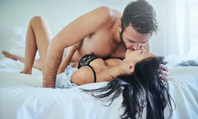 Секс разговори: Кои се опасностите од глумење оргазам?
