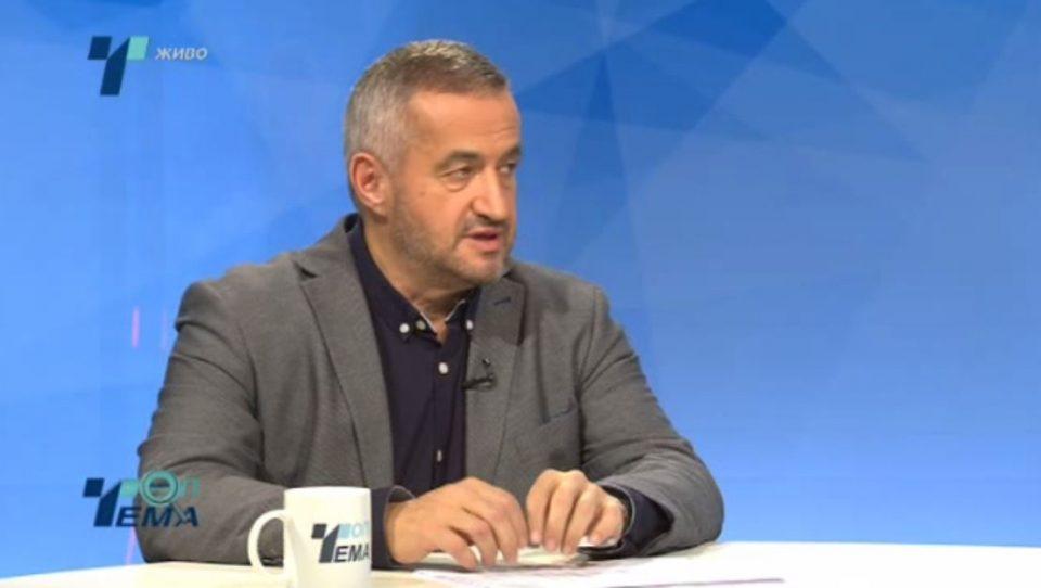 Клековски: Не ми смета што министерката Мизрахи не го употребува новото име на државата