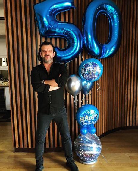 Прва заедничка фотографија: Аца Лукас го прослави 50-от роденден, а фановите го преплавија со коментари поради неа (ФОТО)