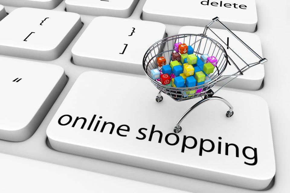 Над 400.000 македонски граѓани купувале преку интернет, најмногу облека и спортска опрема