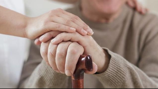 Внимавајте на вашето здравје: Сè повеќе жени помлади од 50 години заболуваат од Паркинсонова болест
