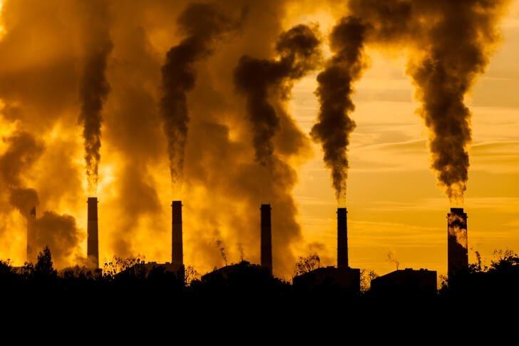 Светски економски форум: Загадувањето на воздухот го оштетува и мозокот, преголемото загадување ги ослабнува менталните капацитети на луѓето