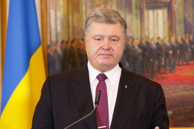 Порошнеко: Русија го засили военото присуство на границата со Украина