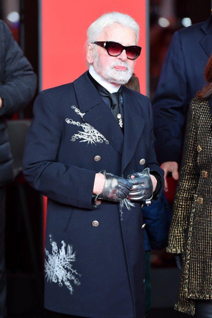 """""""Забите ги заборавил дома"""": Кралот на модата никогаш не се смее, а сега само со една насмевка го згрози светот (ФОТО)"""