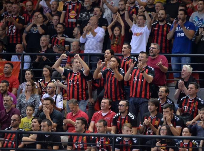 Дополнителни 200 билети во продажба за дуелот со Барселона