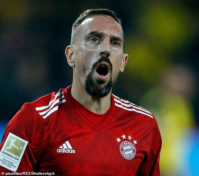 И самиот фудбалер го признал судирот: Рибери нападнал новинар по поразот од Дортумунд