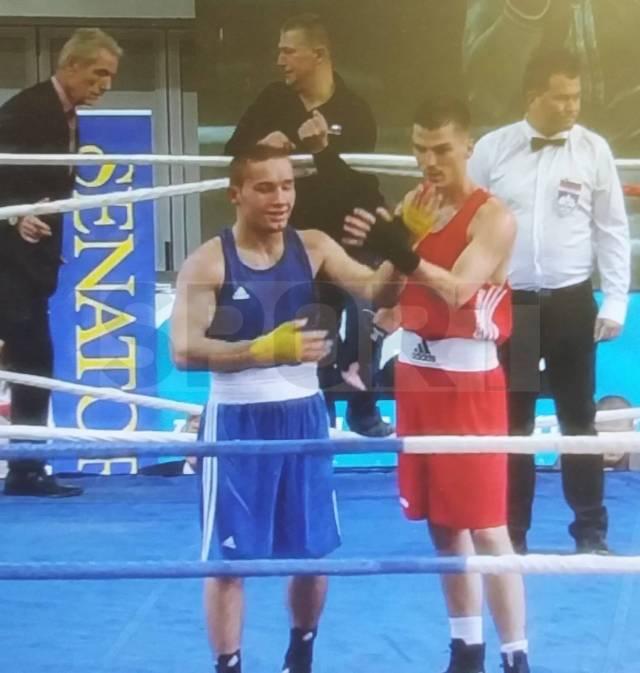 """Скандал на """"Златен Гонг"""": Македонски репрезентативец """"леташе"""" орли заедно со боксер од Косово! (ФОТО)"""