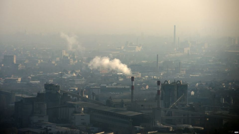 ВМРО-ДПМНЕ: Власта потроши 7 милијарди евра без да вложи денар во подобрување на квалитетот на воздухот, сега без срамно бара донации од бизнис заедницата