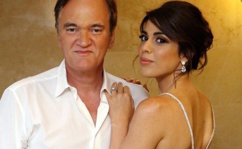 """Убавицата и """"ѕверот"""": Тарантино се ожени со две децении помлада пејачка (ФОТО)"""