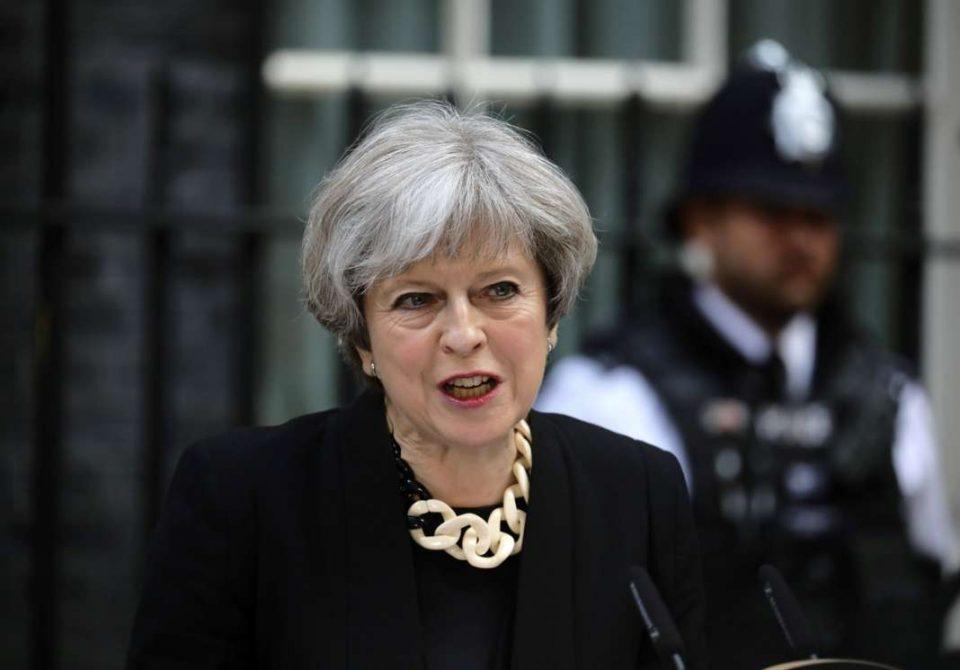 Меј: Преговорите за Брегзит се тешки, но се при крај