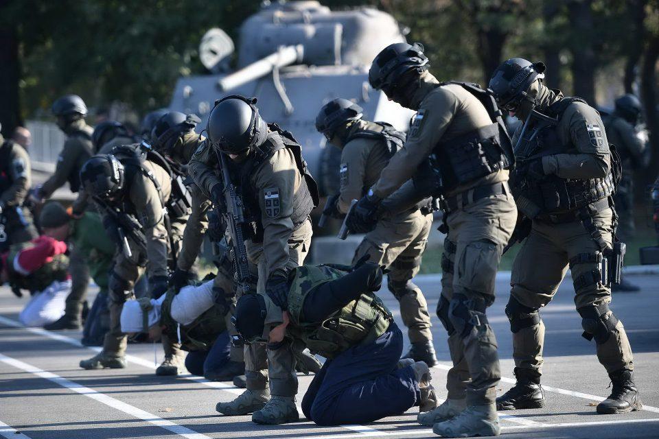 Србија: 103 тони боева муниција за најголемата воена вежба од времето на ЈНА