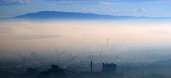 ВМРО-ДПМНЕ: Ветувањето на СДСМ за чист воздух е голема измама