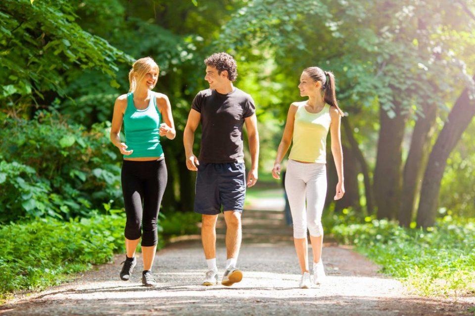 Што ќе му се случи на телото со само 30 минути пешачење?