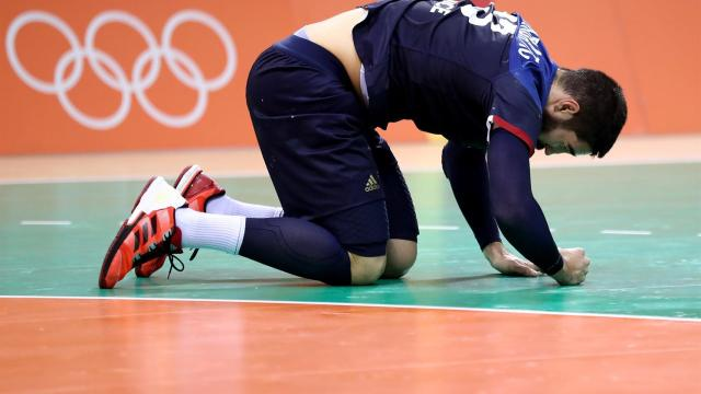 Динар одбра 20 ракометари: Карабатиќ нема да игра на СП!