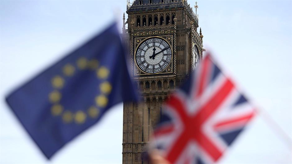 """""""Тајмс"""": Британски министри разгледуваат други опции за Брегзит"""
