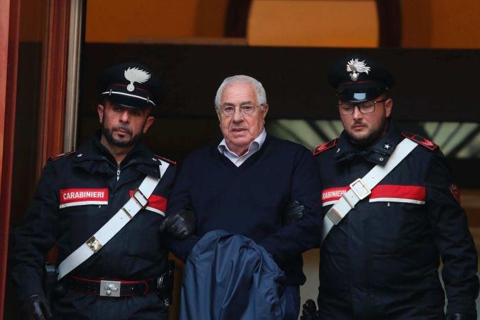 Голема акција ширум Европа против италијанската мафија