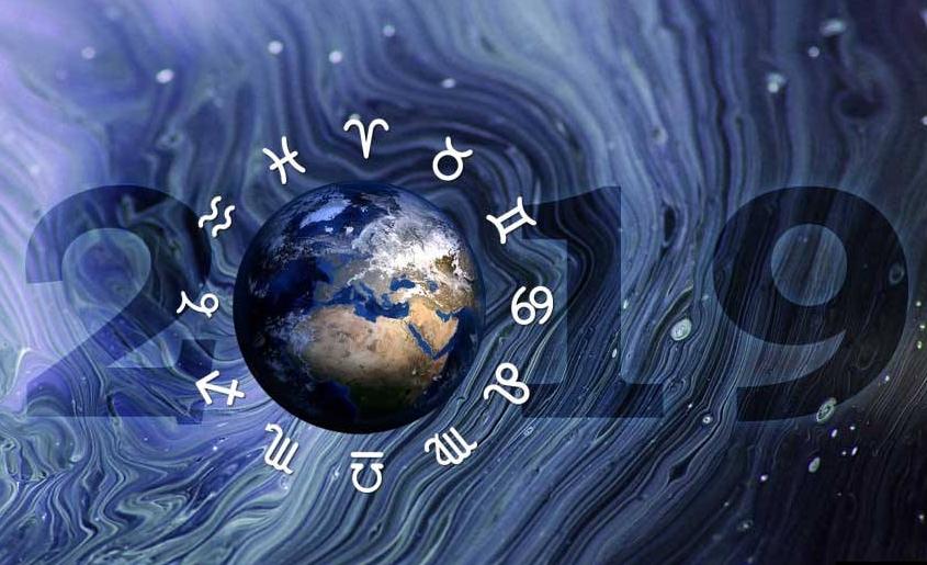 Цела година во само една реченица: Што ќе ви донесе 2019-та според хороскопот?