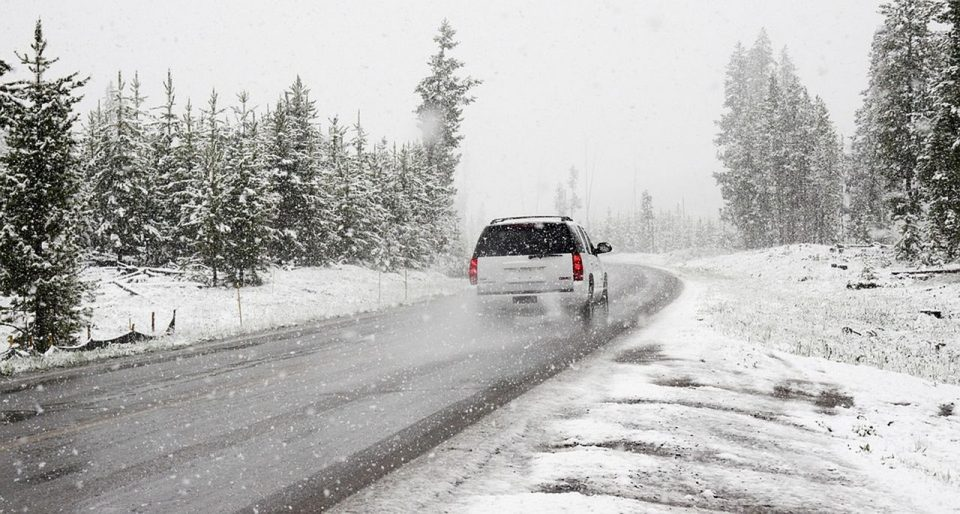 Илјадници летови одложени во САД поради зимска бура