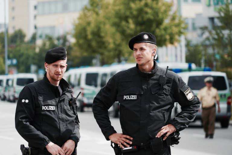 Три жени прободени со нож во Нирнберг, нема докази за тероризам
