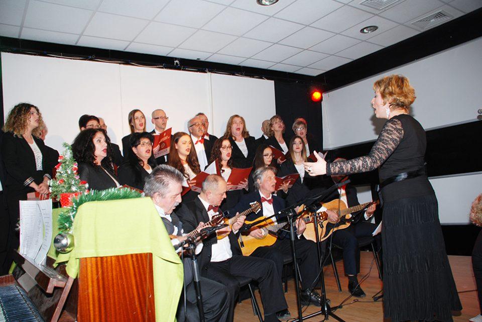 Градскиот хор од Штип одржа новогодишен концерт во Делчево