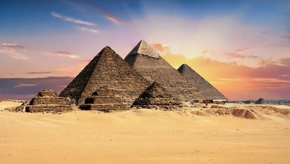 Научниците збунети: Во Египет откриени 17 подземни пирамиди и илјадници населби
