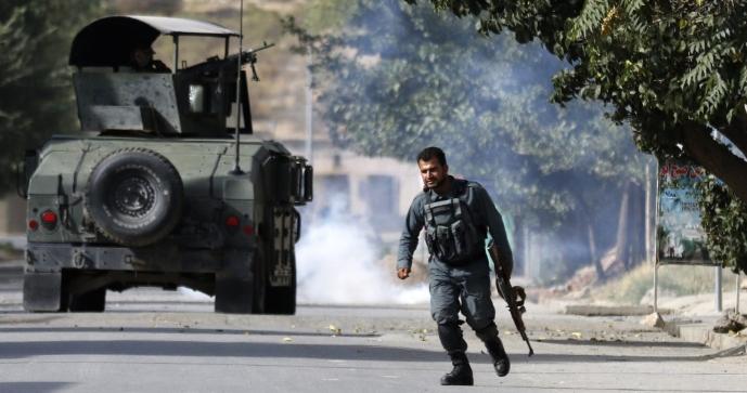 Убиени тројца напаѓачи и полицаец при ослободување на заложници
