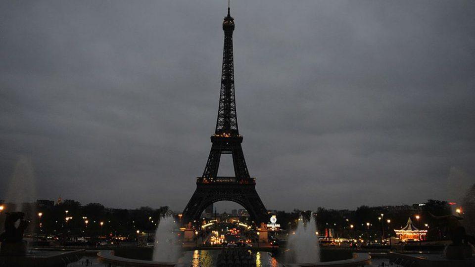 Поради новиот коронавирус намален бројот на туристи во Франција