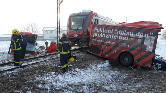 Ден по трагедијата кај Ниш: Борбата за живот продолжува, три лица во тешка состојба, возачот на автобус во кома