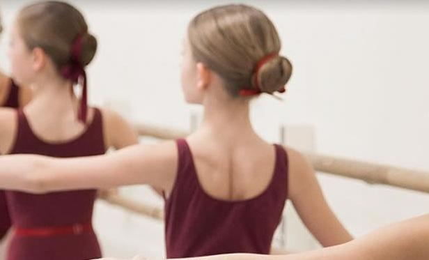 Виенската балетска академија погодена од скандал – ги терале децата да пушат за да бидат слаби