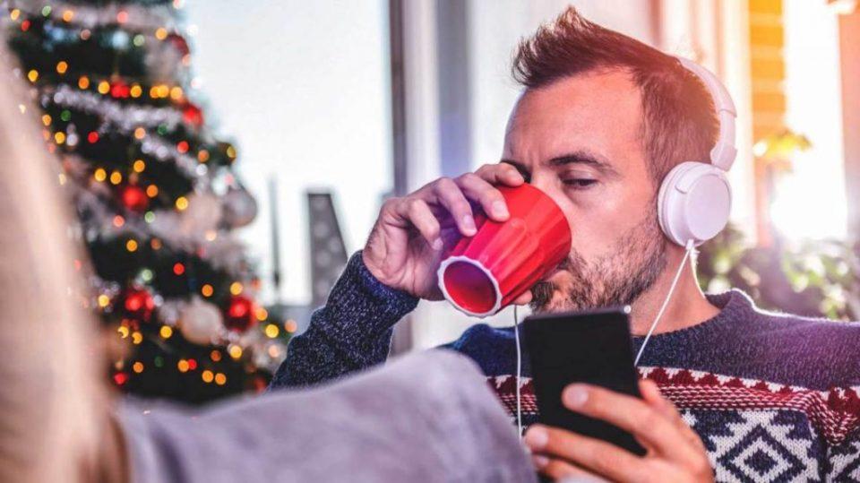 Постојана изложеност на Божиќни песни лошо влијае на менталното здравје