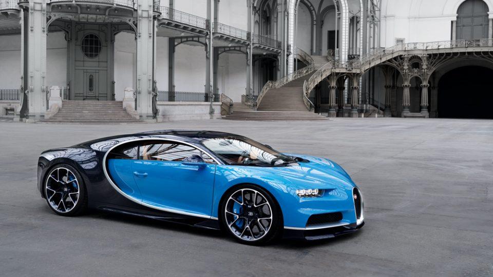 Како забрзува Bugatti до 420 километри на час?