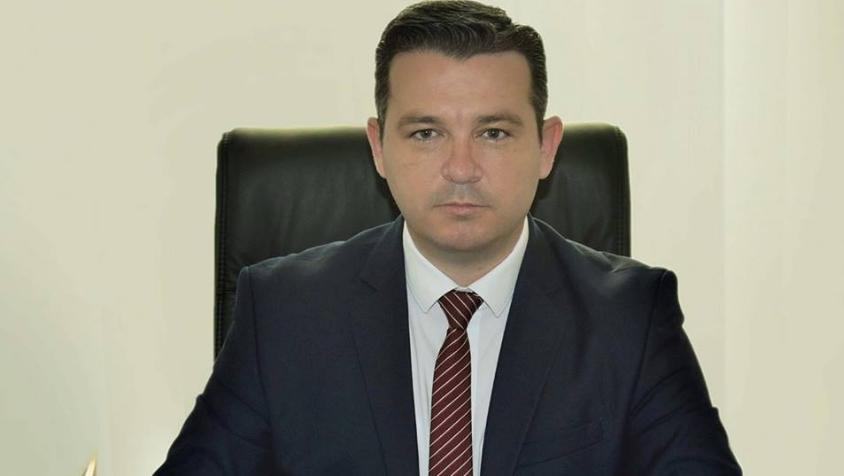 Трипуновски: Почитувани љубители на фотељи од телешка кожа, можам да константирам дека не сте способни ни да ги продолжите нашите проекти