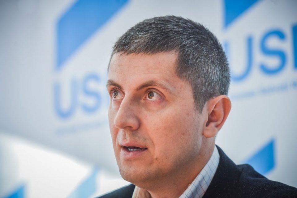 Романската опозиција ќе поднесе барање за гласање недоверба на Владата