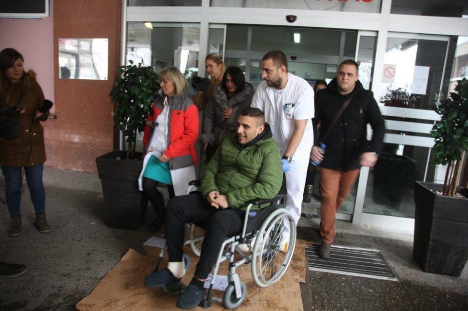 Трпи неверојатни болки: Дарко Лазиќ ќе мора на уште една операција