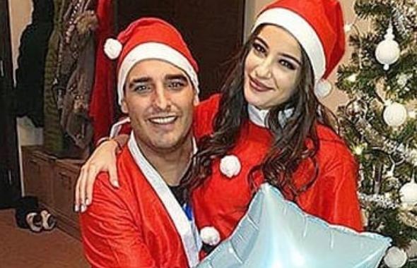 Во инвалидска количка, но со огромна насмевка: Дарко Лазиќ и вереницата како Дедо Мраз и Баба Мразица