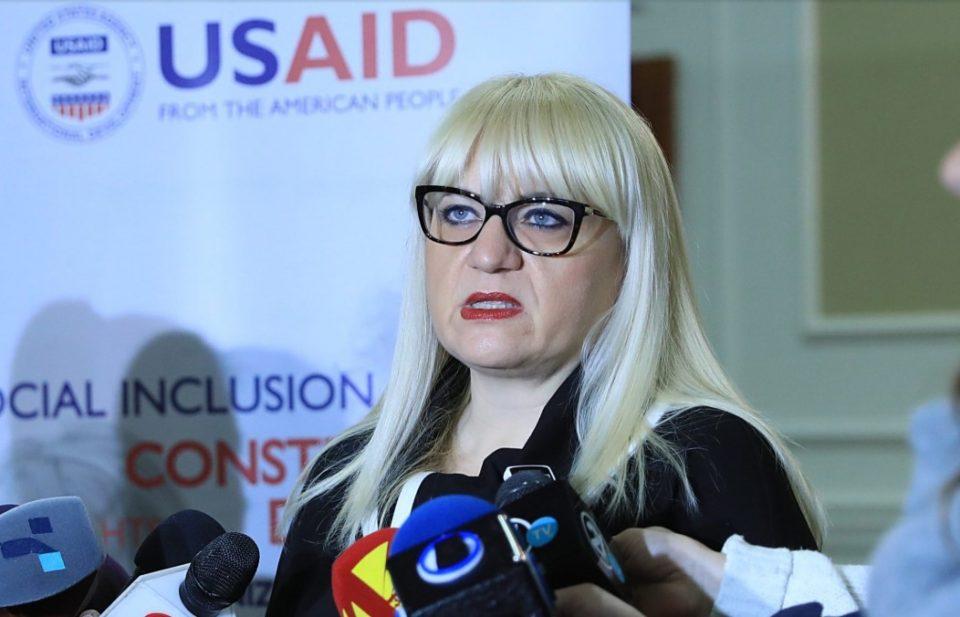 """""""Директорот на Шутка да биде уапсен, а Дескоска да поднесе оставка од морални причини"""""""