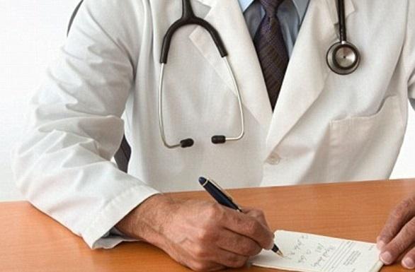 МЗ: Закажувањето за земање брис се врши телефонски и преку матичните лекари