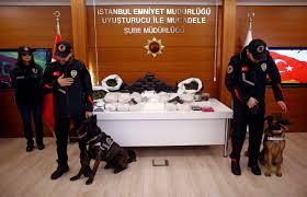 Турските безбедносни сили запленија повеќе од еден тон хероин во акција во источна Турција