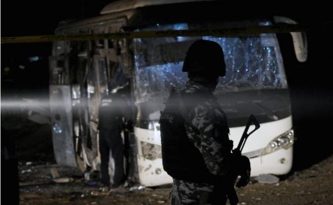 Расте бројот на загинати во бомбашкиот напад во Египет