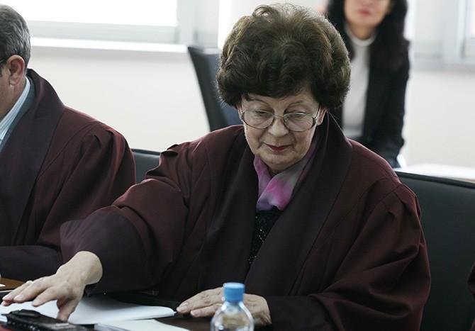 Бурна расправа во Уставен суд – Елена Гошева: Собранието нема надлежност да го промени името на државата